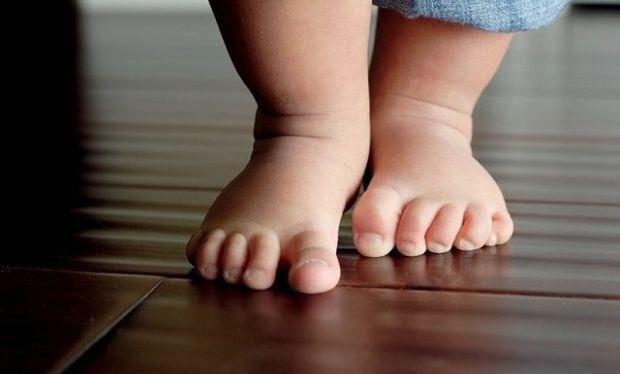 Ραιβοιπποποδία: Η πιο συχνή πάθηση των μικρών παιδιών-Τι πρέπει να γνωρίζετε
