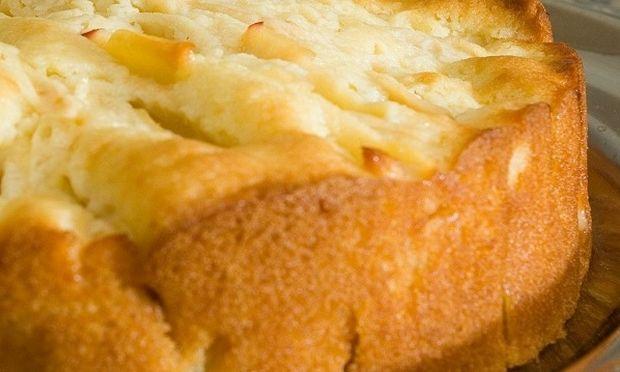 Συνταγή για το πιο αφράτο κέικ μήλου!