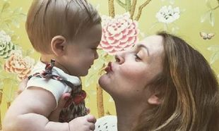 Ντρού Μπάριμορ: Η τρυφερή φωτογραφία με την κόρη της και το φιλί του Αγίου Βαλεντίνου! (εικόνες)