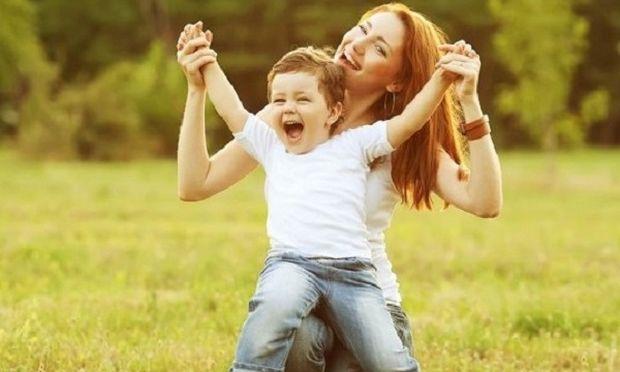 «Πώς μπορώ να γίνω σωστό πρότυπο για το παιδί μου;»