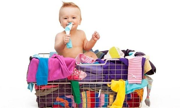 Αυτοί είναι οι τρόποι για να πλύνετε σωστά τα ρούχα του μωρού σας (και όχι μόνο), χωρίς κόπο!