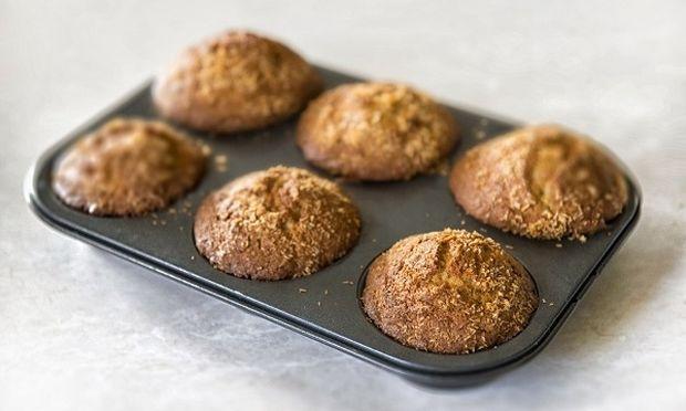 Νηστίσιμα muffin με μπανάνα και καρύδια, χωρίς βούτυρο ή αβγό, από το Γιώργο Γεράρδο!