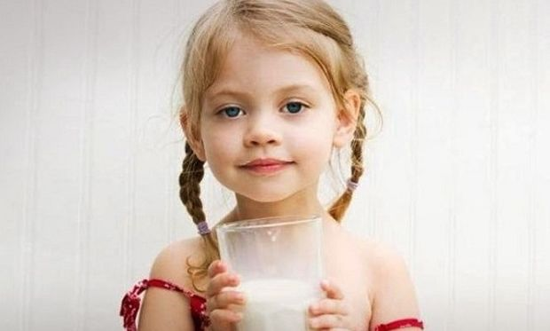 Το νηπιάκι μου πόσο γάλα πρέπει να πίνει;