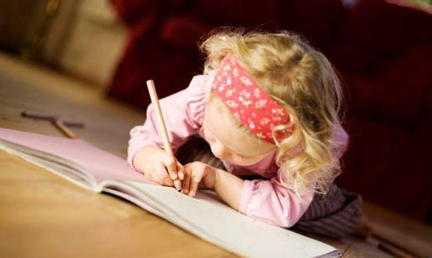 Γιατί τα παιδιά με ΔΕΠΥ δυσκολεύονται στη γραφή; Τεχνικές Αντιμετώπισης