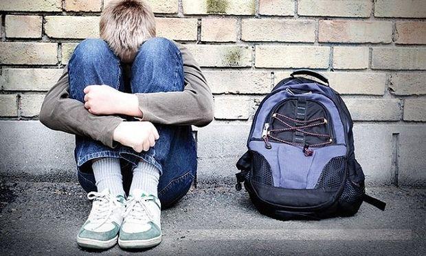 Αυτή είναι η φωτογραφία που ποστάρουν όλοι στα social media για το bullying (εικόνα)