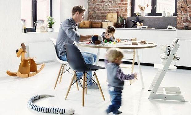 Οι καθημερινές στιγμές κρατάνε για πάντα. Tripp Trapp, η καρέκλα που μεγαλώνει με το παιδί!