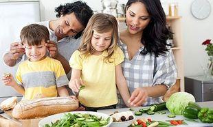 Πόσο σημαντικά είναι τα οικογενειακά γεύματα για ένα παιδί;