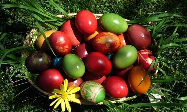 Πόσα κόκκινα αυγά μπορεί να φάει ένα παιδί;