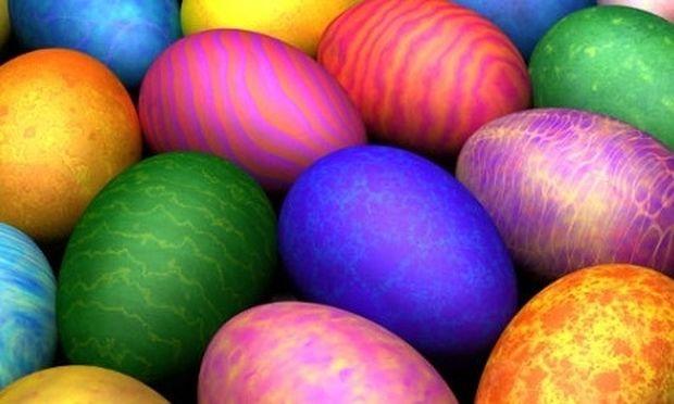 Έτσι θα βάψετε τα αυγά σας με φυσικό τρόπο!