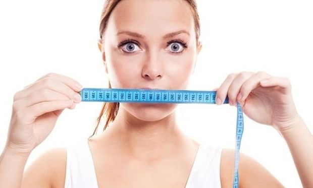 Αυτές είναι οι πολύτιμες συμβουλές για να χάσετε τα κιλά που πήρατε το Πάσχα χωρίς δίαιτα