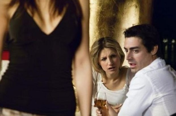 Έρευνα-σοκ: Μπορεί η απιστία να είναι το κλειδί για έναν επιτυχημένο γάμο;