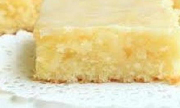 Συνταγή για λεμονόπιτα της τεμπέλας με 5 υλικά!