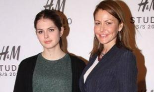 Wow! Η Αμαλία Κωστοπούλου και η Τζένη Μπαλατσινού σε μία τρυφερή στιγμή από το παρελθόν