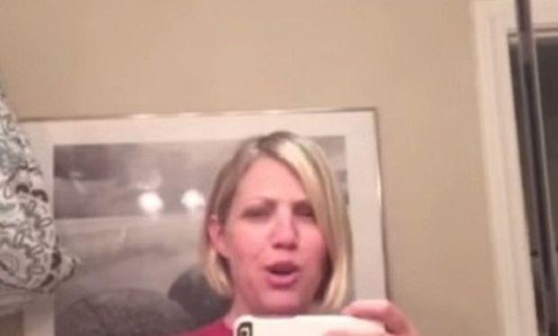Απίστευτο! Δείτε πώς συγχρονίζει αυτή η μαμά τη φωνή της με τη φωνή του παιδιού της (βίντεο)