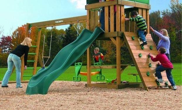 Παιδική χαρά: Πολύτιμες συμβουλές για να παίξει με ασφάλεια το παιδί σας