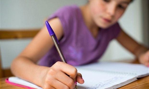 Έτσι θα βοηθήσετε το παιδί σας να αποβάλλει το άγχος των εξετάσεων!