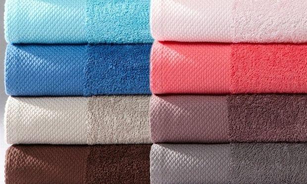 Αυτό είναι το κόλπο για να ξαναγίνουν «αφράτες» οι πετσέτες του μπάνιου!