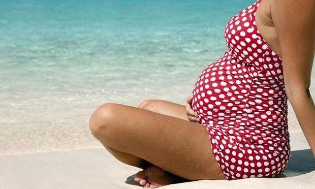 Οδηγός επιβίωσης για μέλλουσες μαμάδες: Αυτά είναι τα 5 πράγματα που δε φανταζόσασταν για τη μητρότητα!