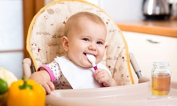 Κάνει να φάει μέλι ένα μωρό;