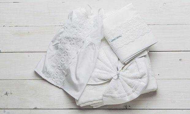 Πώς πλένονται τα ρούχα και τα λαδόπανα της βάφτισης;