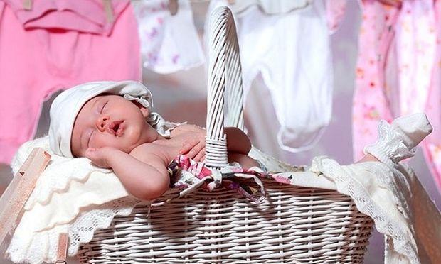 Γιατί πρέπει να πλένετε τα ρούχα του νεογέννητου μωρού σας 6ffbb40c0ba