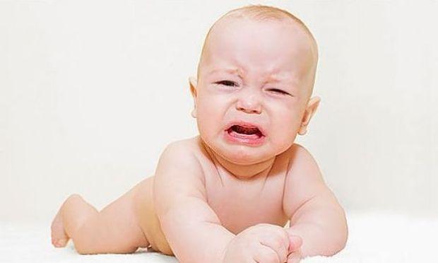 Αυτός είναι ο αποτελεσματικός τρόπος για να σταματήσει το μωρό σας να κλαίει!