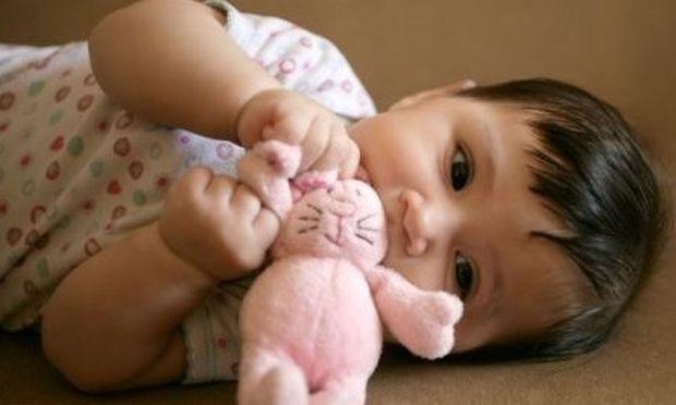 Έρευνα: Τα μωρά εκ γενετής μπορούν να ξεχωρίσουν το «καλό» από το «κακό»!