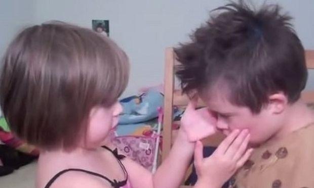 «Γνωρίστε τον αδερφό μου Άρτσι!» η εξομολόγηση της μικρής που θα φέρει δάκρυα στα μάτια σας! (βίντεο)