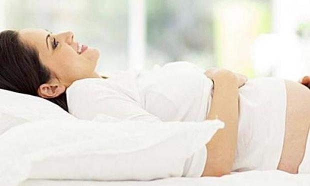 Εγκυμοσύνη στο…κρεβάτι. Μην απελπίζεστε! Υπάρχουν και θετικά