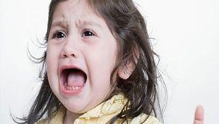 Q&A: «Κλαίει όταν δεν της κάνουμε το χατήρι»-Τι κάνουμε σε αυτήν την περίπτωση;