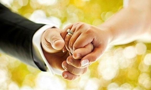 Τεστ για ελεύθερες: Μάθε πόσο χρονών θα παντρευτείς!