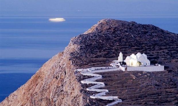 Φολέγανδρος: Μίνι Οδηγός ξενάγησης για το πιο όμορφο νησί!