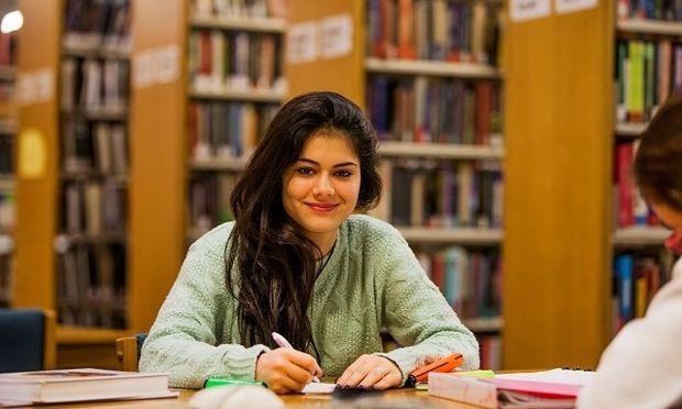 Μία ημέρα στο DEREE: Μάθε τα πάντα για τις σπουδές, τις υποτροφίες και τις διεθνείς ευκαιρίες που το κάνουν κορυφαία επιλογή!