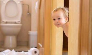 Παιδί και δυσκοιλιότητα: 5+2 λύσεις για να την αντιμετωπίσετε