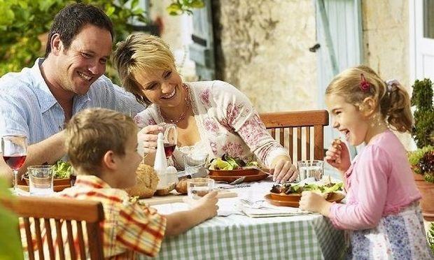 Λίγο πριν χτυπήσει το κουδούνι: Μάθετε στο παιδί να αποκτήσει υγιεινές διατροφικές συνήθειες!