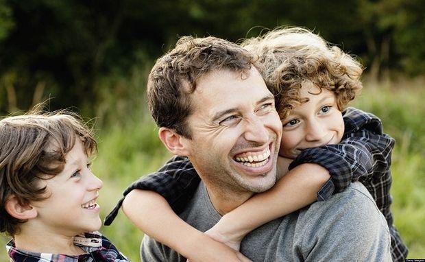 «Μπαμπάς είναι αυτός που…»-Ένα κείμενο για όλους τους μπαμπάδες!