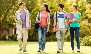 Και οι έφηβοι ξανά «πρωτάκια»! Πώς θα τους βοηθήσετε να προσαρμοστούν!
