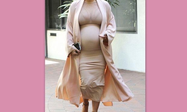Είναι έγκυος και δε σταματά να φορά στενά ρούχα!