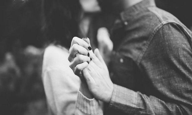 Με το να είστε γονείς δεν παύετε να είστε ζευγάρι