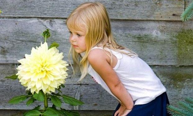 Πώς θα καταλάβω αν το παιδί μου έχει σκολίωση; Ακολουθήστε τις συμβουλές μας!