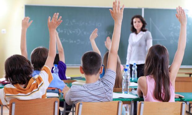 Αντιδρούν οι γονείς στο ενδεχόμενο επιβολής ΦΠΑ 23% στην ιδιωτική εκπαίδευση