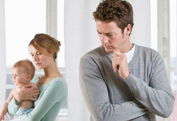 Η κατάθλιψη της εγκυμοσύνης «απειλεί» και τους μπαμπάδες