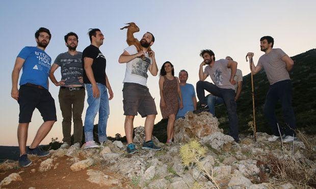 Τα ψηλά βουνά, του Ζαχαρία Παπαντωνίου στο Θέατρο Ακροπόλ
