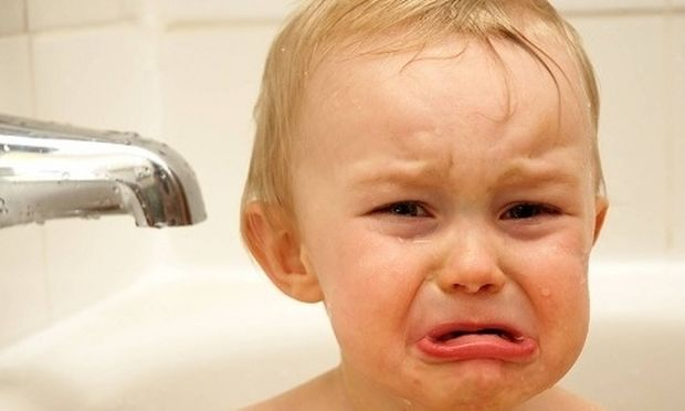 Πώς να κάνετε μπάνιο στο παιδί σας εύκολα και χωρίς γκρίνια