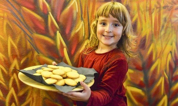 Μπισκότα βουτύρου με πορτοκάλι από την Κατερίνα Γεράρδου και τον μπαμπά της!
