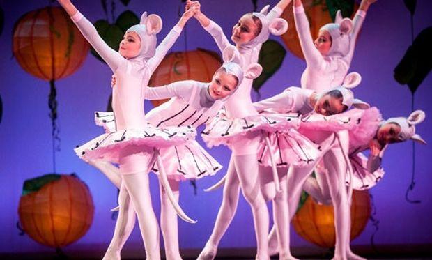 Η Πεντάμορφη & το Τέρας από το Athens Children's Balletστο Θέατρο στο ACS