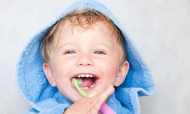 Ηλεκτρική ή απλή οδοντόβουρτσα να επιλέξω για το παιδί μου;