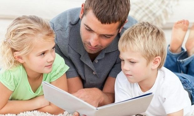 Πώς να βοηθήσω το παιδί μου να εμπλουτίσει το λεξιλόγιο του