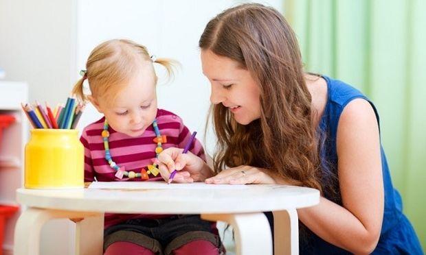 Πώς να επιλέξετε νταντά για το παιδί σας