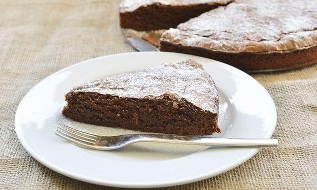 Κέικ σοκολάτας με πορτοκάλι, λαχταριστό και πανεύκολο, από τον Γιώργο Γεράρδο